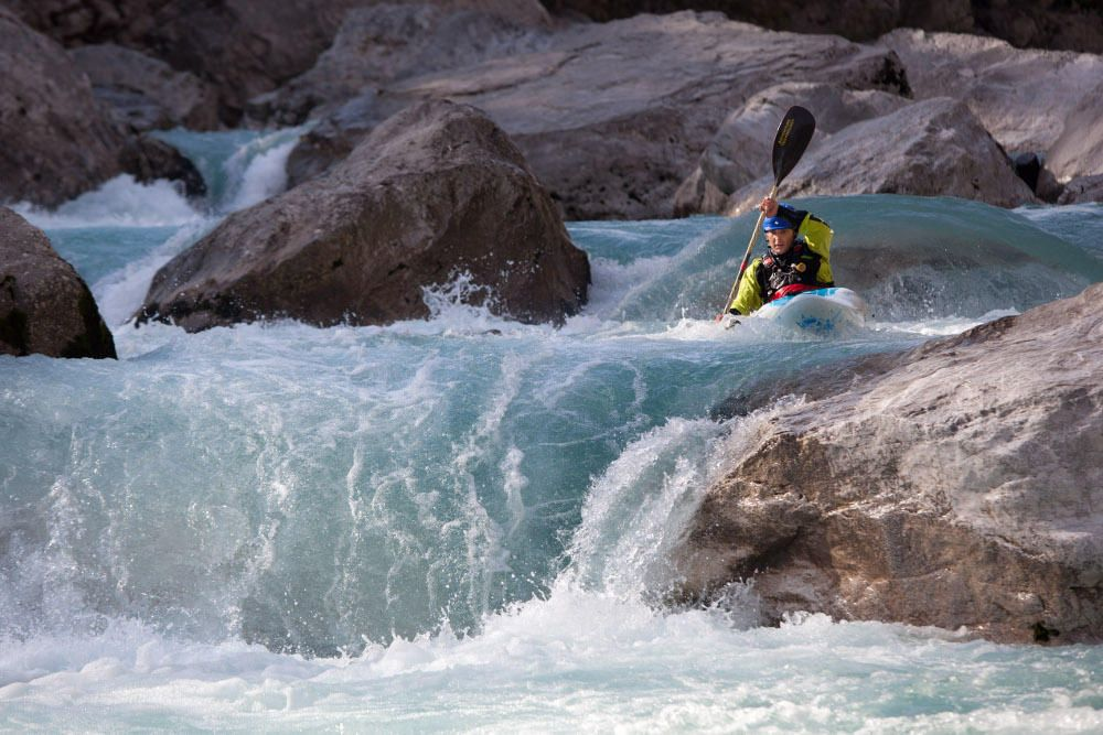 Guided kayak descent
