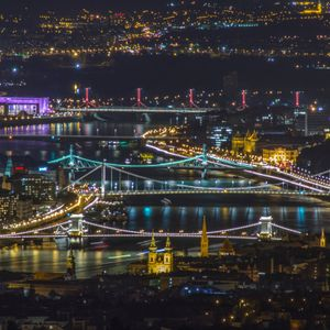 Jam & hike - adventures in the Budapest night